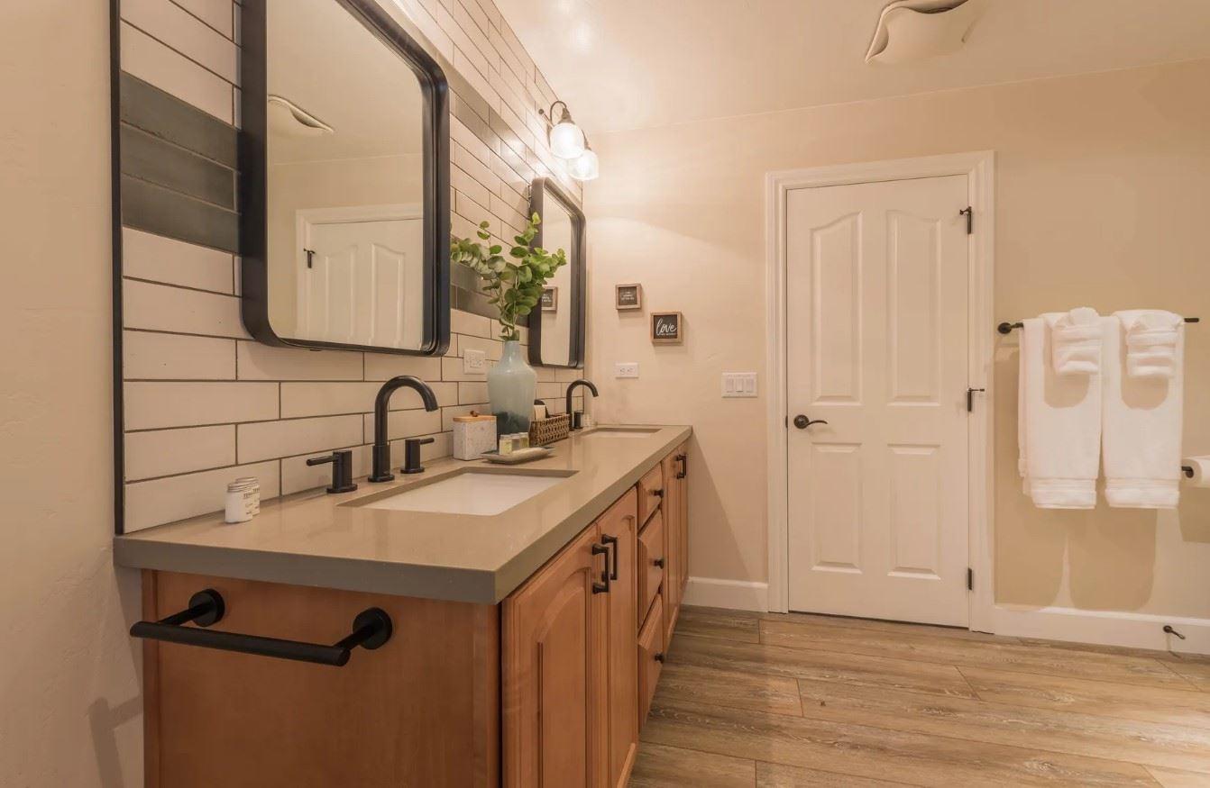 Hilltop Hacienda - Interior - Bathroom with dual sink - Wide shot