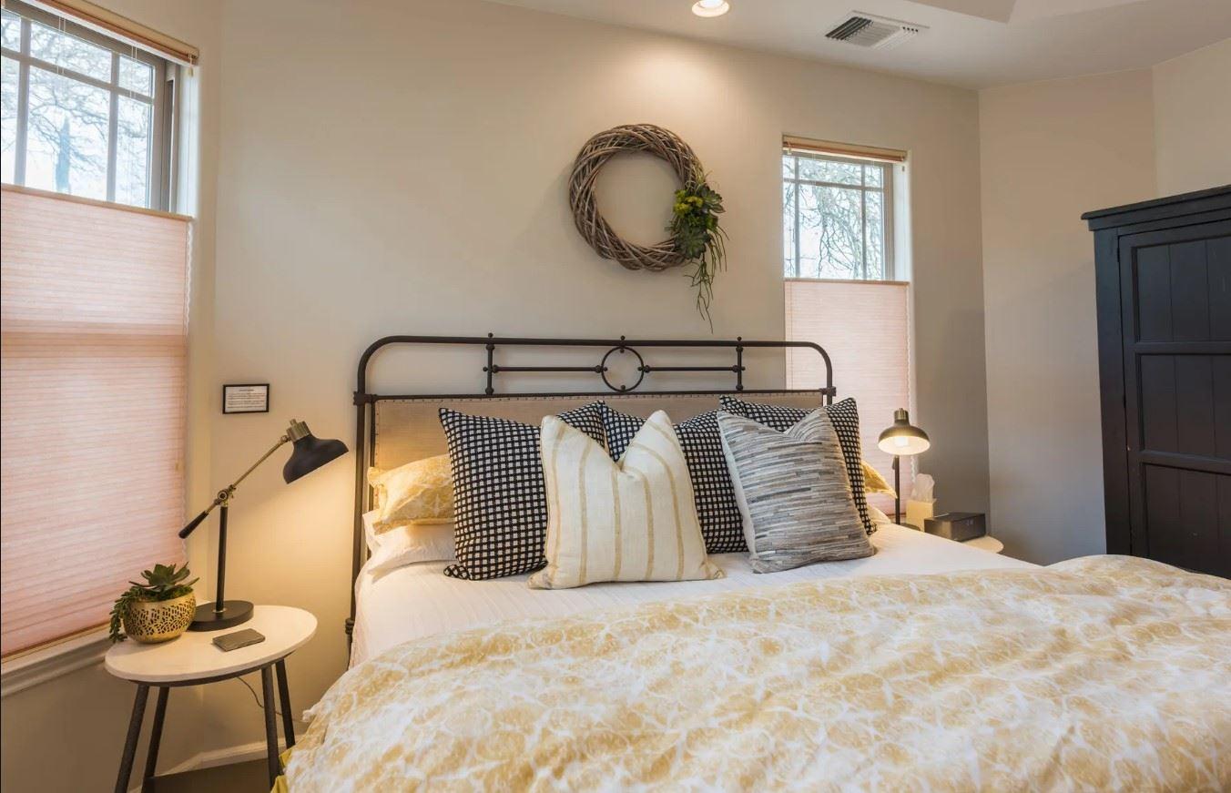 Hilltop Hacienda - Interior - Bedroom with light linens closeup