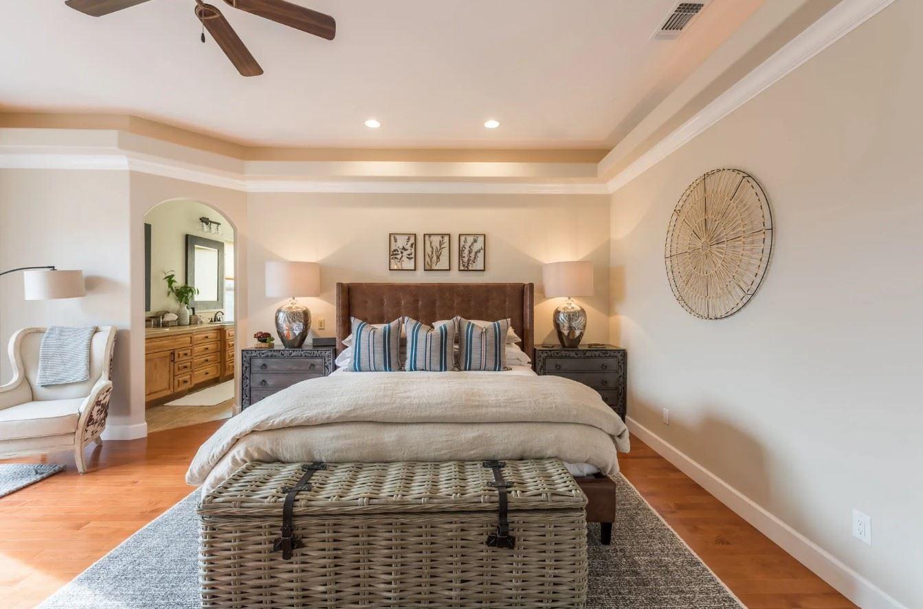 Hilltop Hacienda - Interior - Bedroom