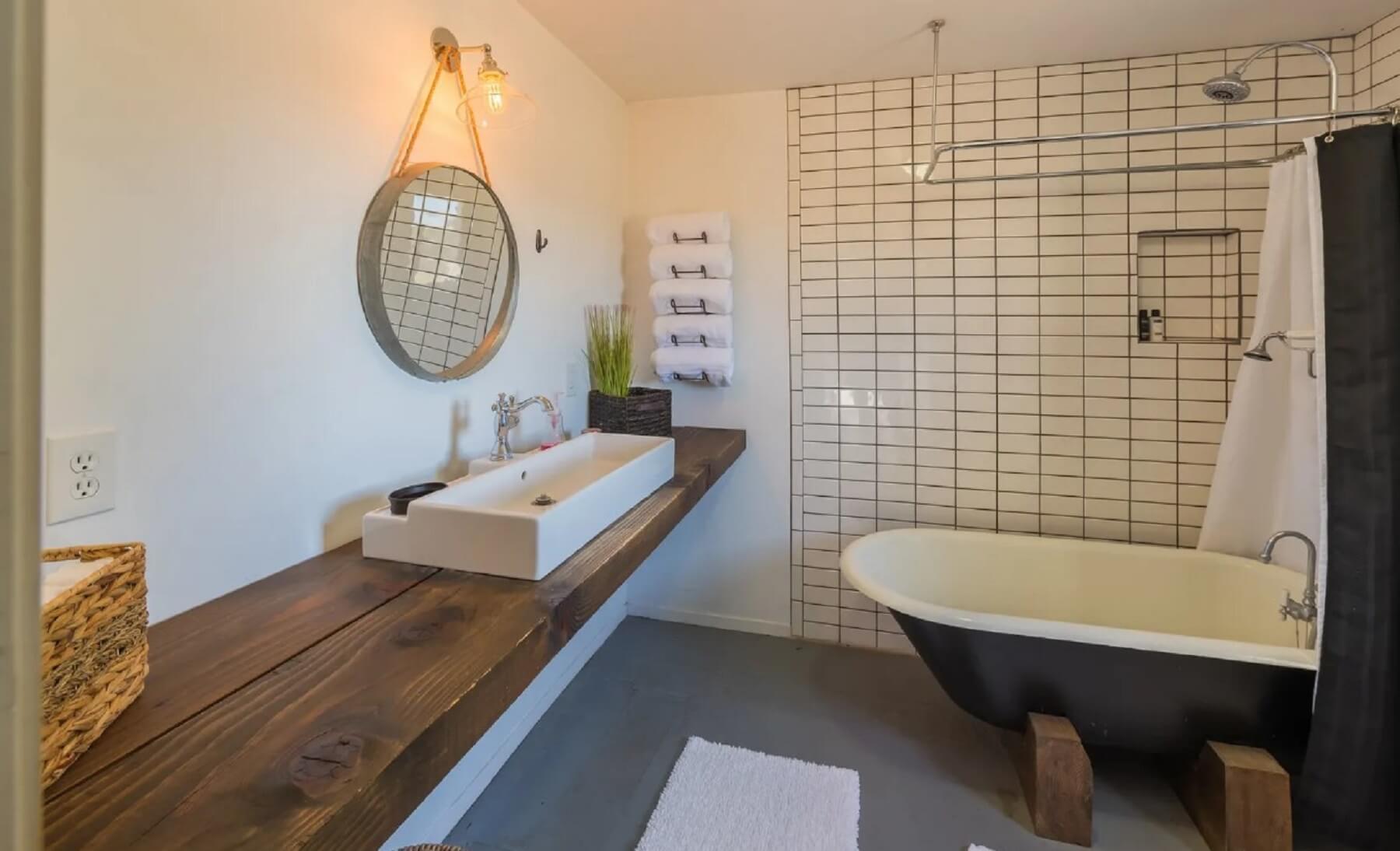 Rancho Da Hamilton - Bathroom