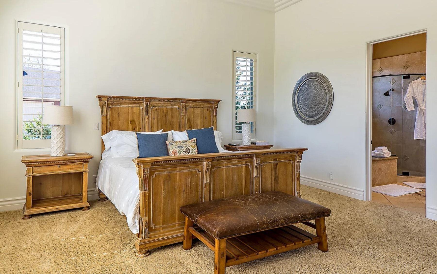 Frontier Farmhouse - Interior - Bedroom
