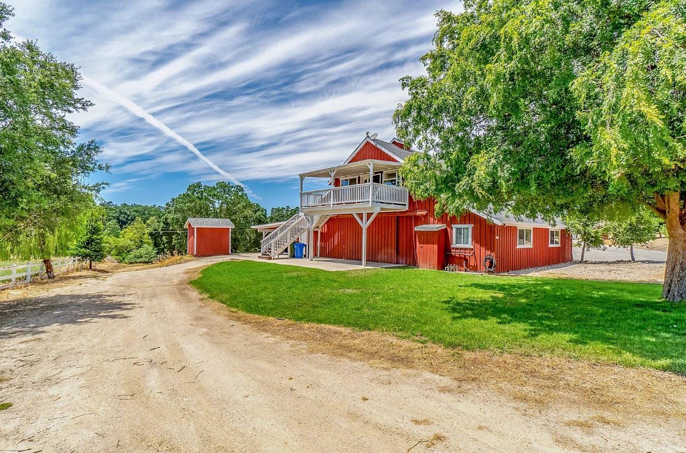 Red Barn Loft - Exterior Long Shot