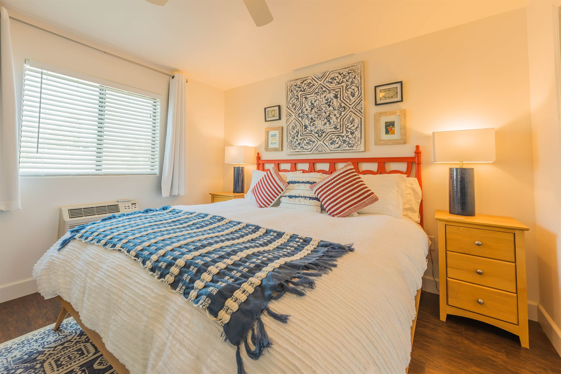Wine County Casita - Interior - Bedroom