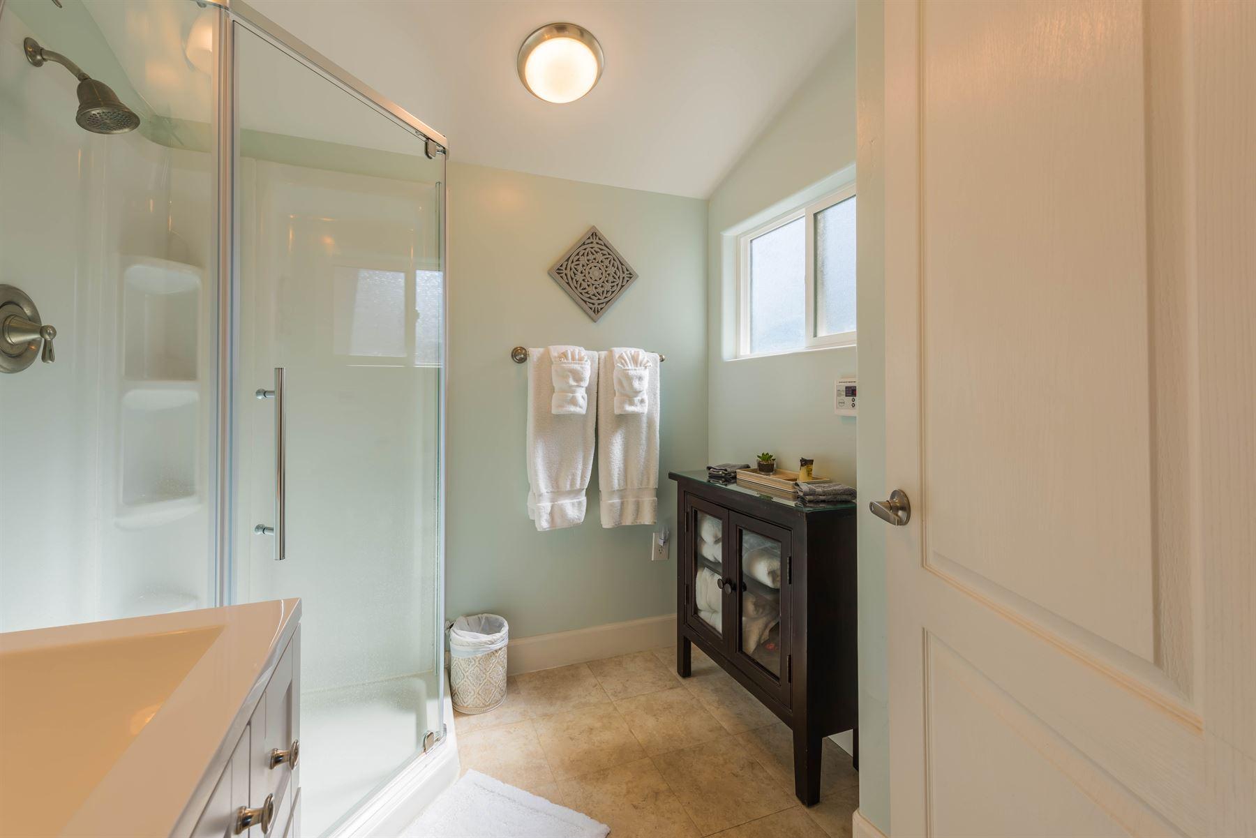 Wine County Casita - Interior - Bathroom