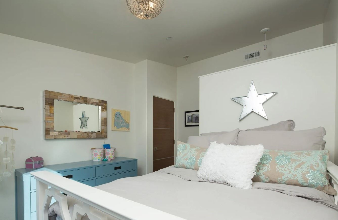 Avila Beach Retreat - Interior - Bedroom with star above bed