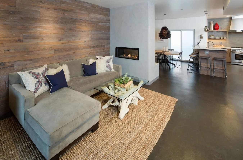Avila Beach Retreat - Living Room wiht view into ktichen