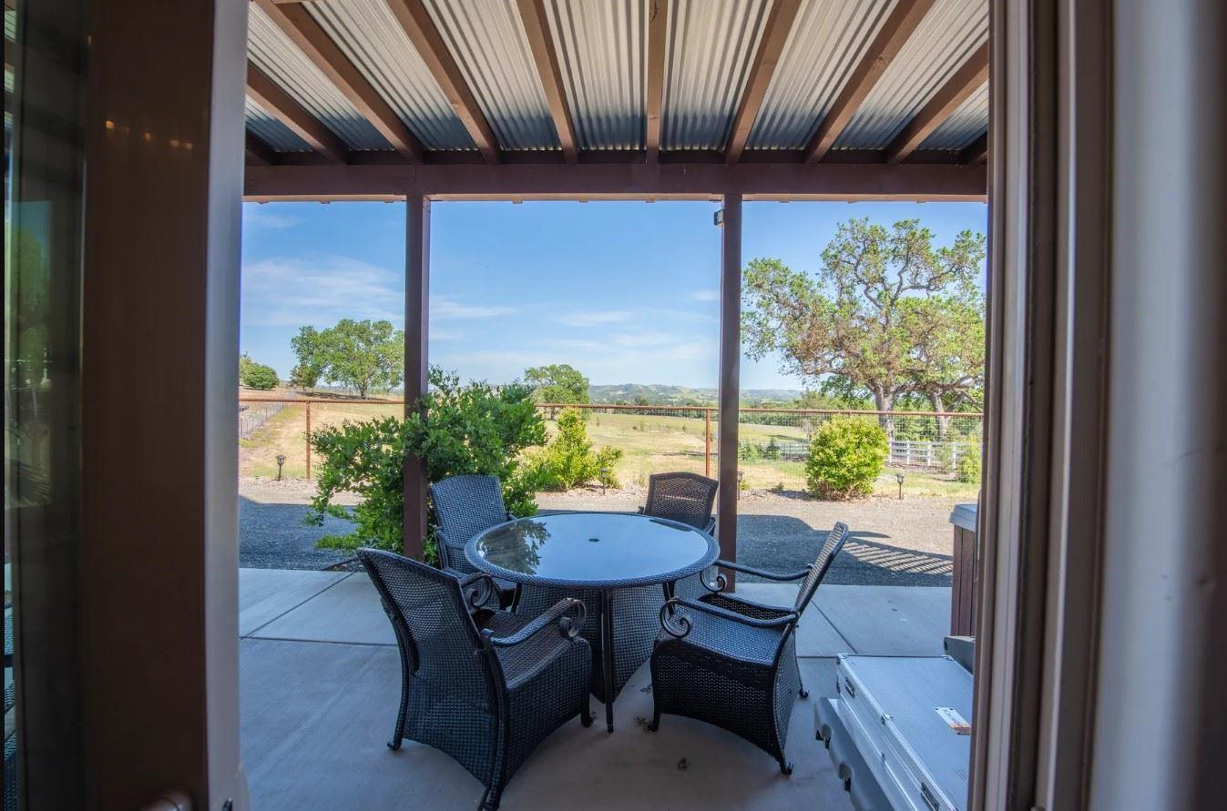 Frontier Hideaway - View of patio from just inside the living area doors