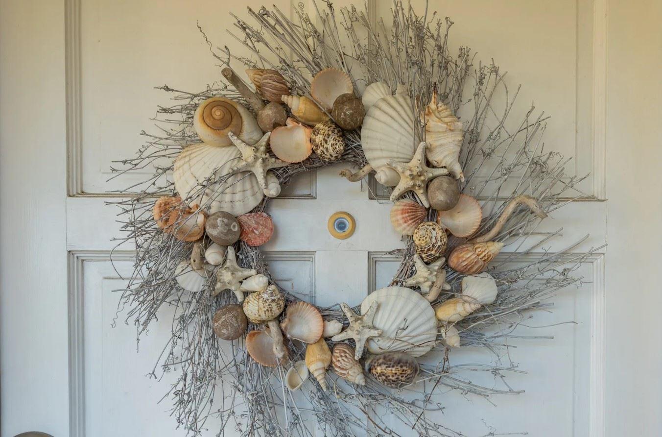 Morro Bay Rock Revival - Exterior - Seashell wreath