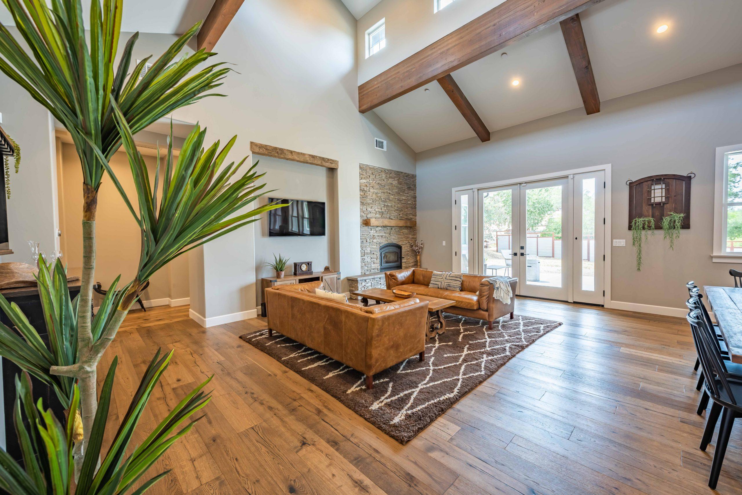 j's farmhouse living room