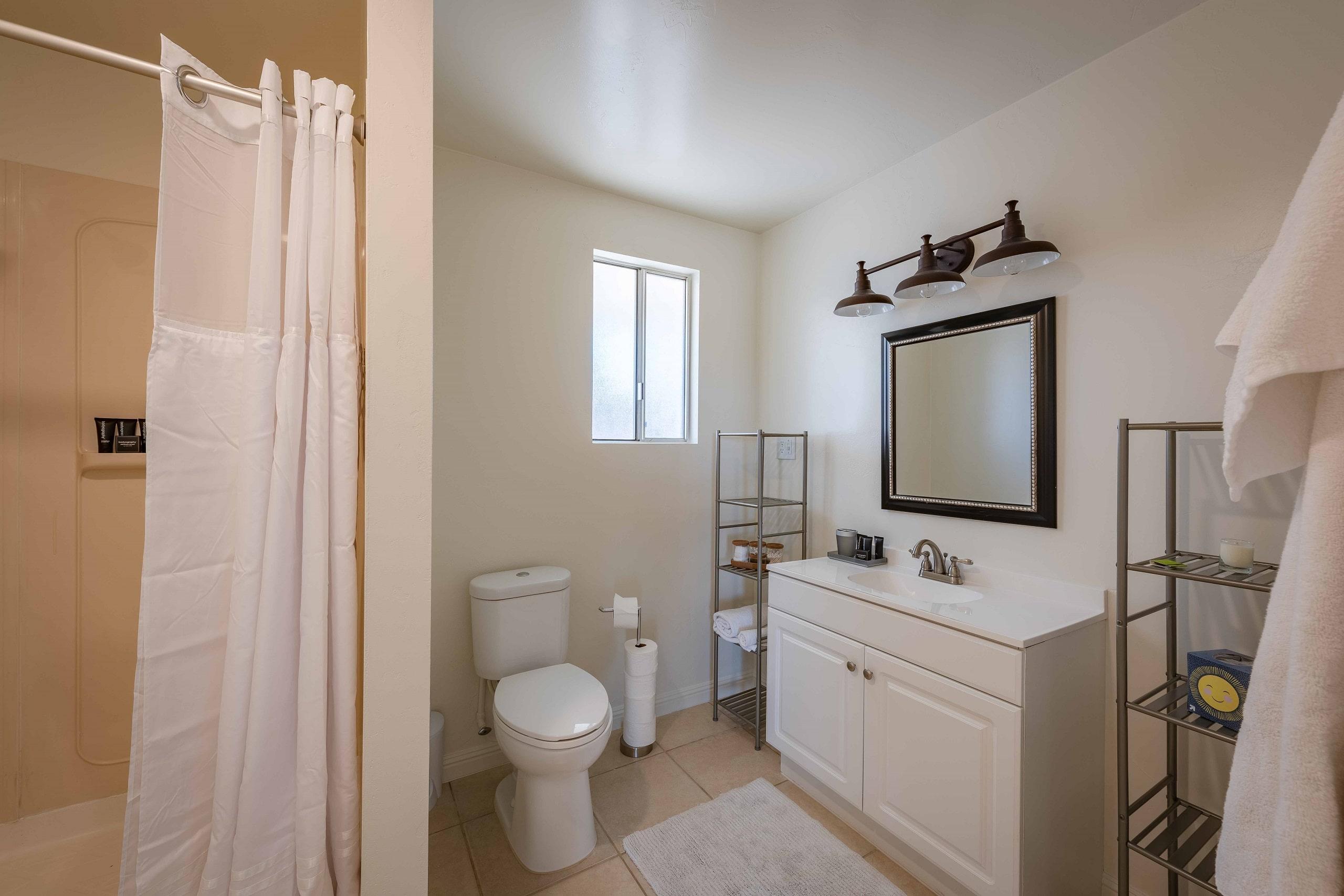hv cottage bathroom