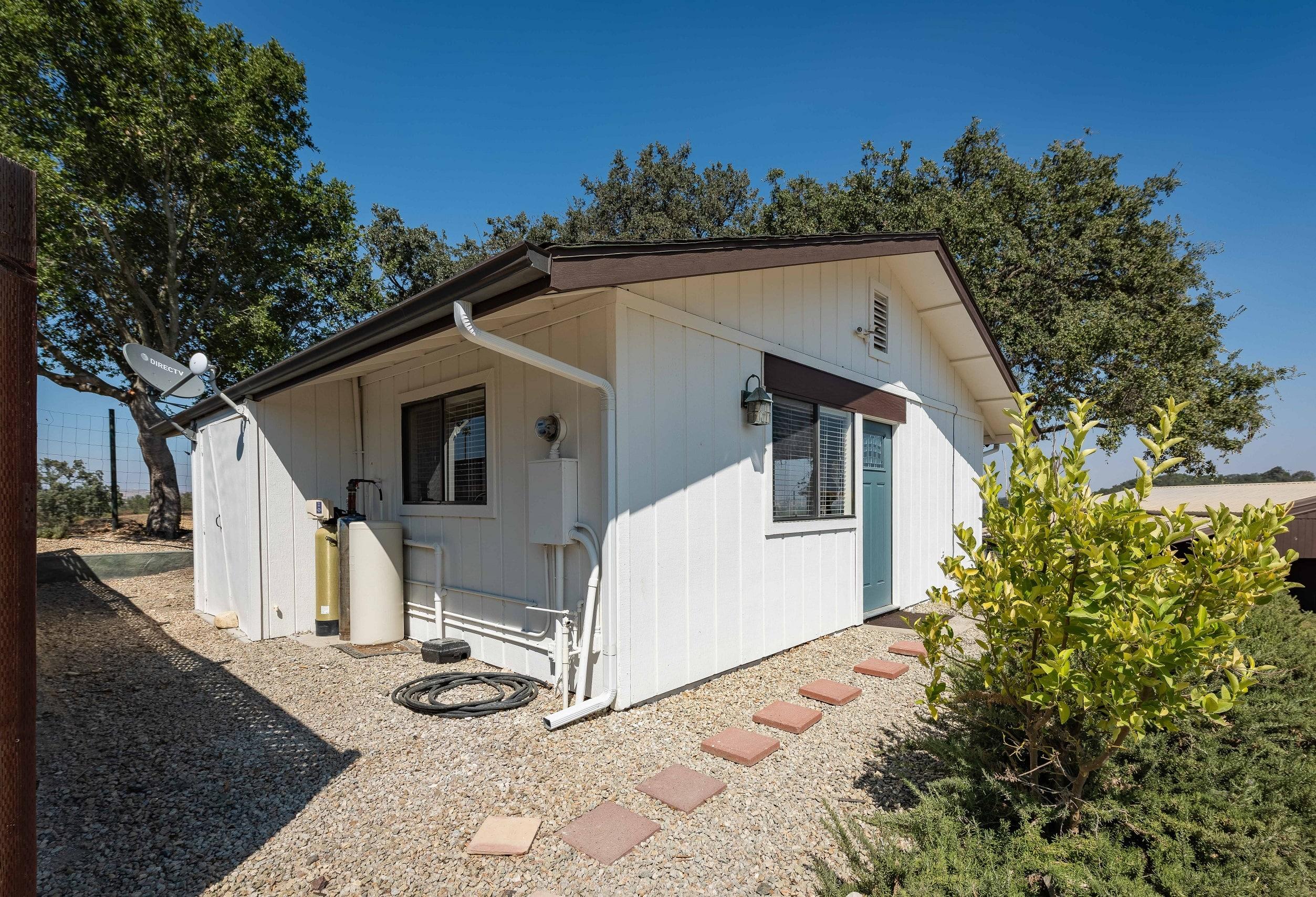 hv cottage exterior