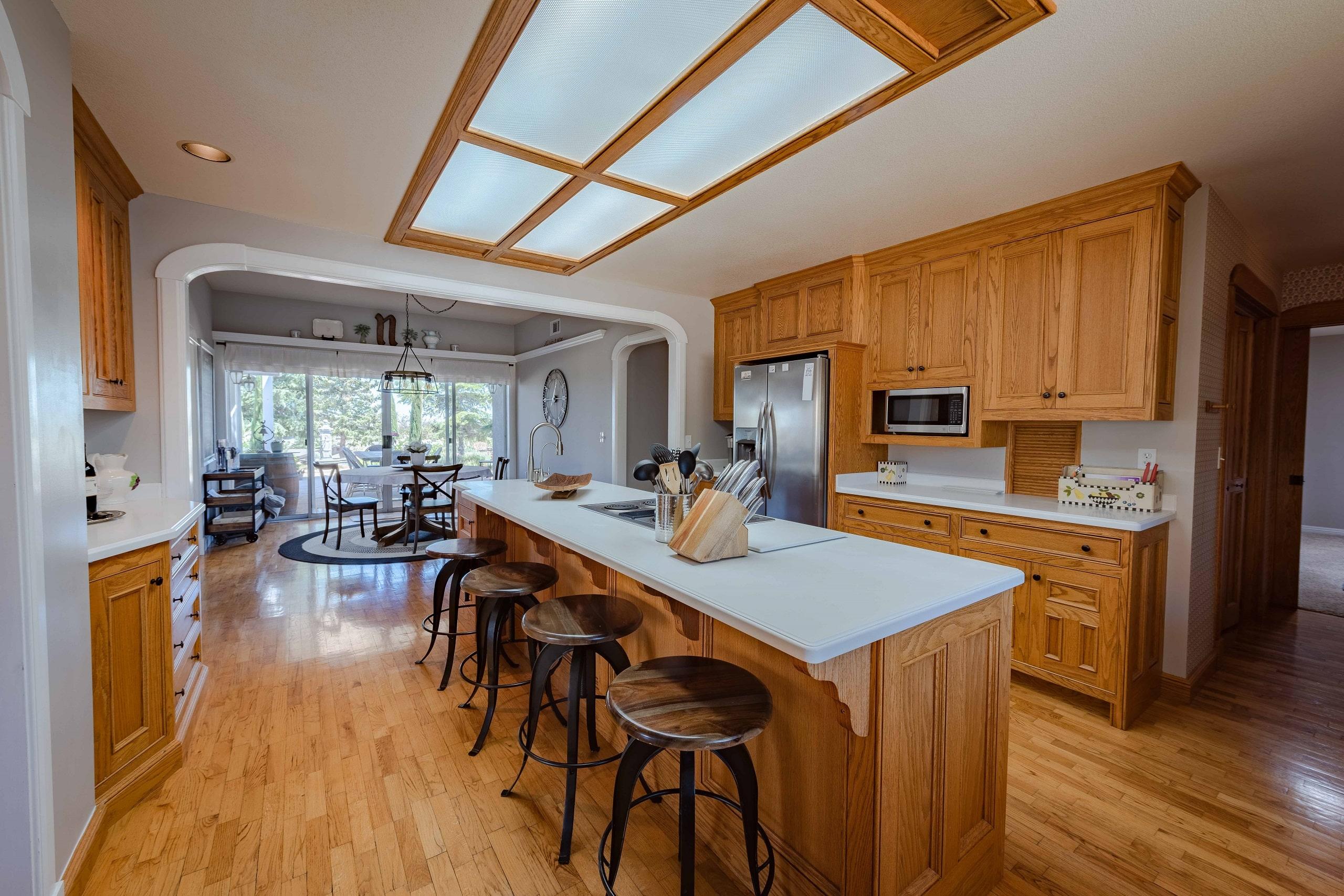 la maison kitchen